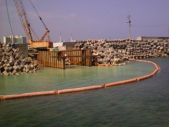 宜野湾漁港排水路工事