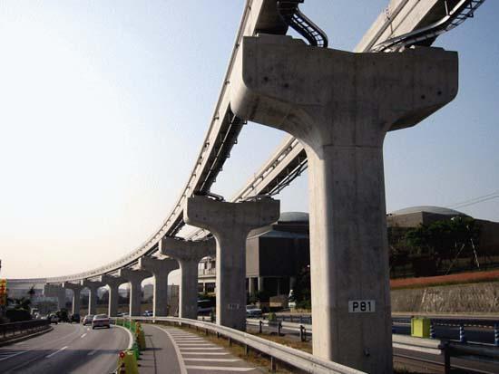 沖縄都市モノレール赤嶺地区下部工工事